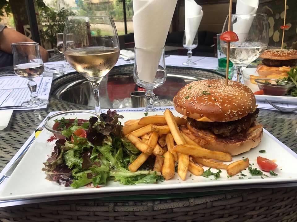 D couvrez nos plats base de viande couzon au mont d 39 or - Herve cuisine hamburger ...
